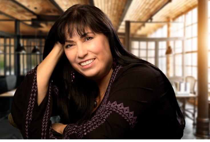 Author photo of Suzanne Mattaboni